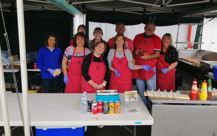 Bunnings Mile End Sausage Sizzle